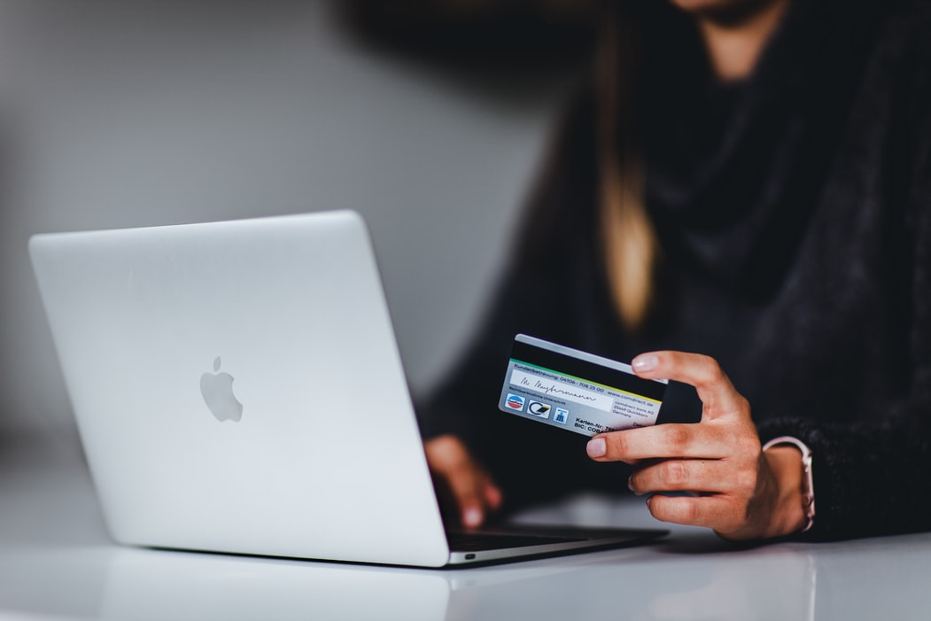 How Do You Get a Merchant Account With Bad Credit in the UK?